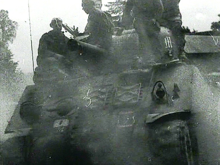 Battery Commanders AOP Sherman from M Battery, 3rd RHA. The Gothic M is visiable on the turret.