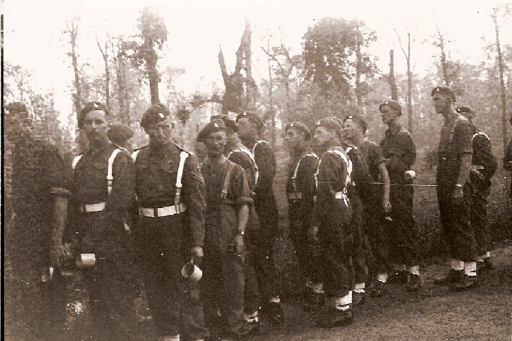 More men of K Battery, 5 RHA, before the Berlin Victory Parade. Courtesy of 'Jock' (Rob) Lerche (K Bty) and Barry Forbes.