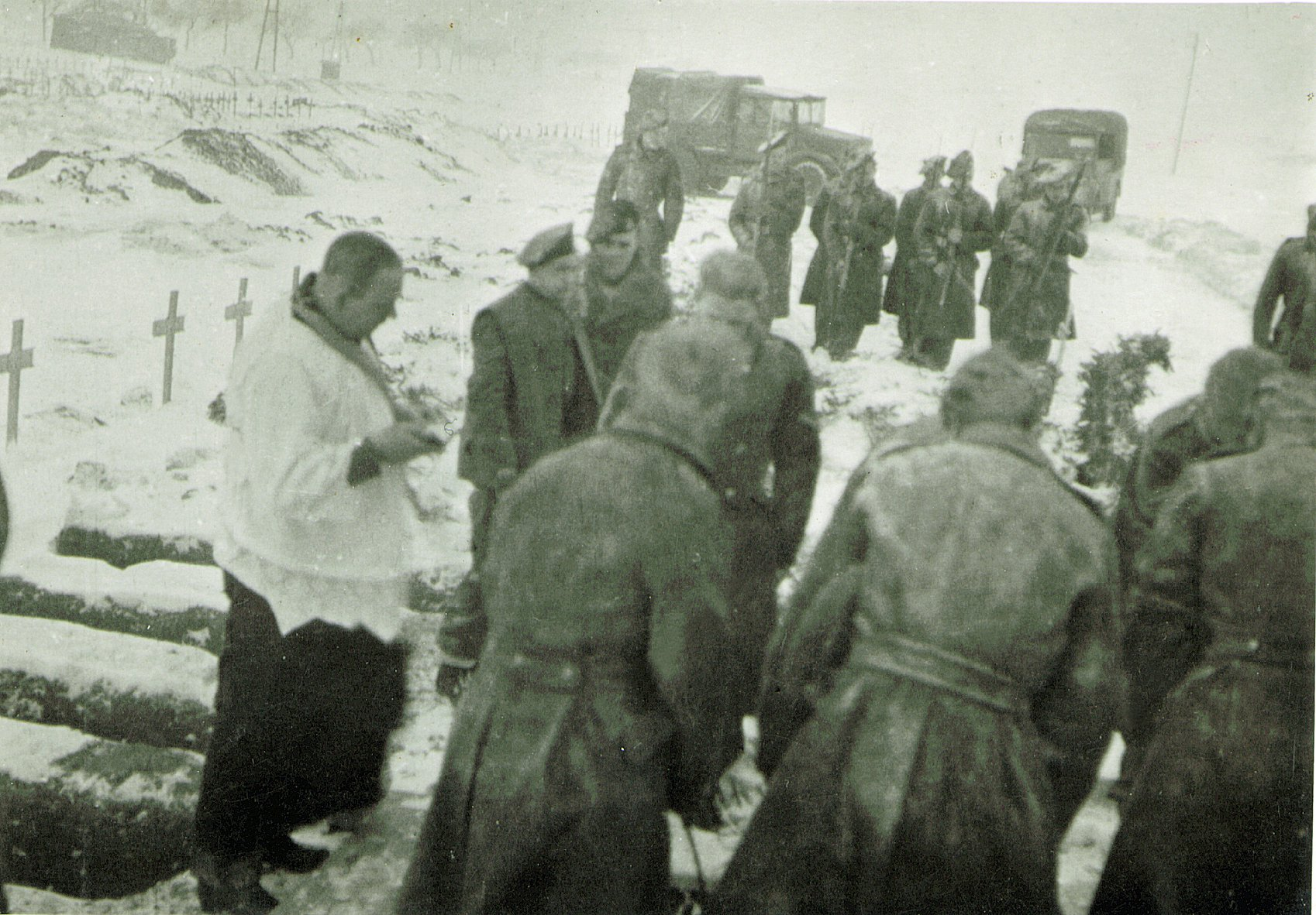 A cold snowy burial service, somewhere in NW Europe 1944/45. The cruel reality of war!