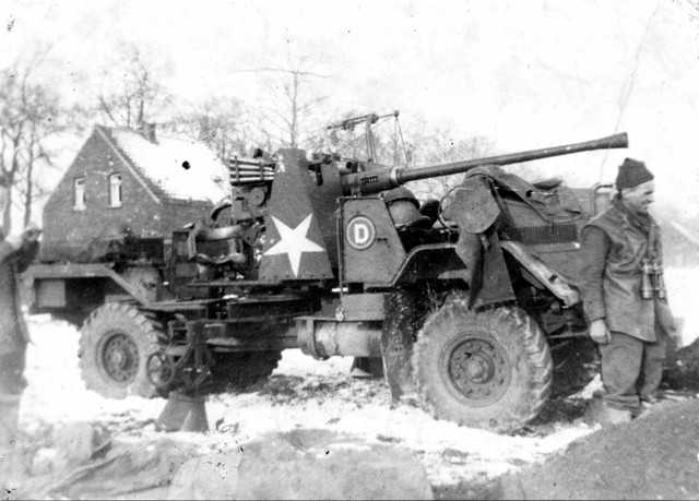 Morris C 9B SPG 40mm Bofors in the winter on 1944/1945. Its probably from D Troop, 41 LAA Battery from the D on the side.