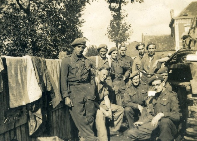 Men of CC Battery in Sains en Gobelle