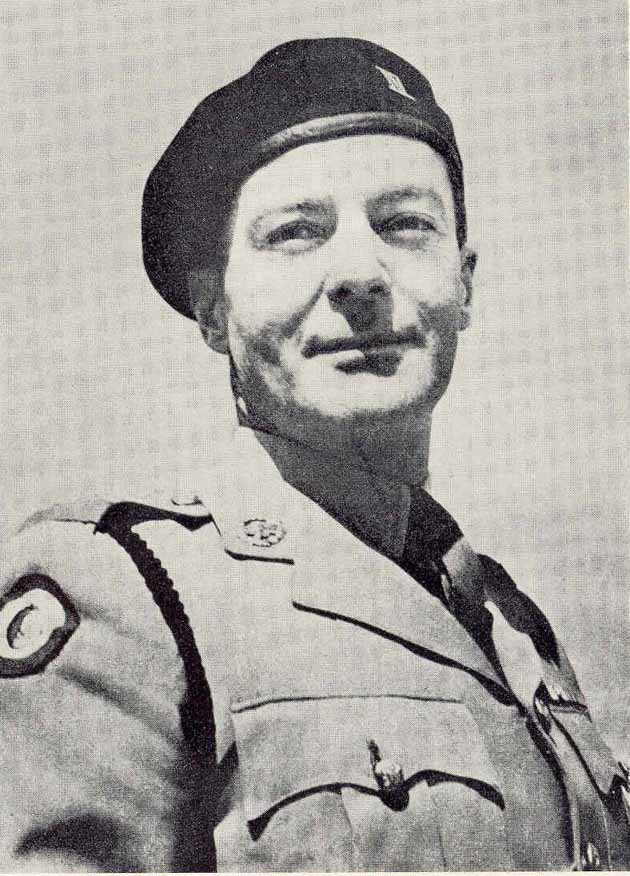 Lt. Col. Reeves-Moore, DSO, MC. Note 7th Armoured Brigade shoulder flash.